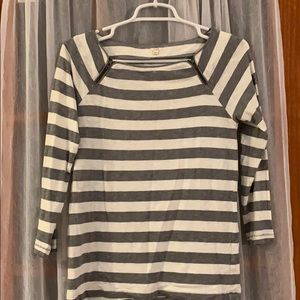 White and get striped 3/4 length tee